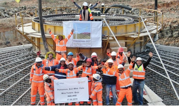 Perdekraal East completes foundations