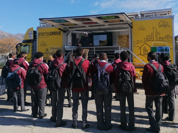 Touring clean energy classroom gets schoolkids up close to wind farms