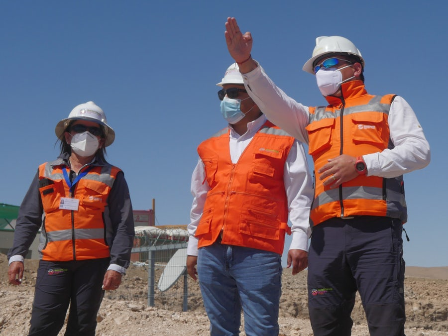 Minister sees how Andes Renovables projects are stimulating recovery