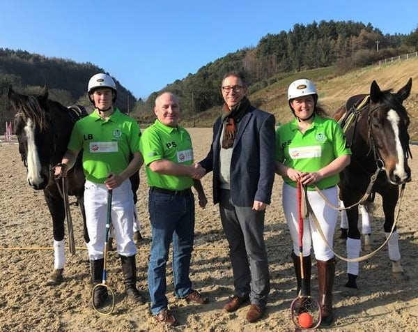 Mainstream Sponsors the Irish Polocrosse World Cup Team