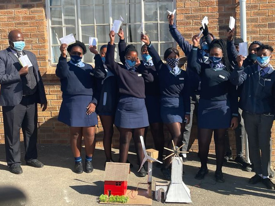 Pupils grasp power of wind through school competitions
