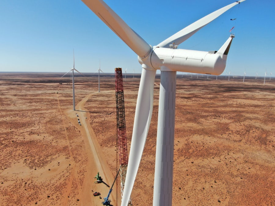 Kangnas turbines all in place after schedule-beating lift operation